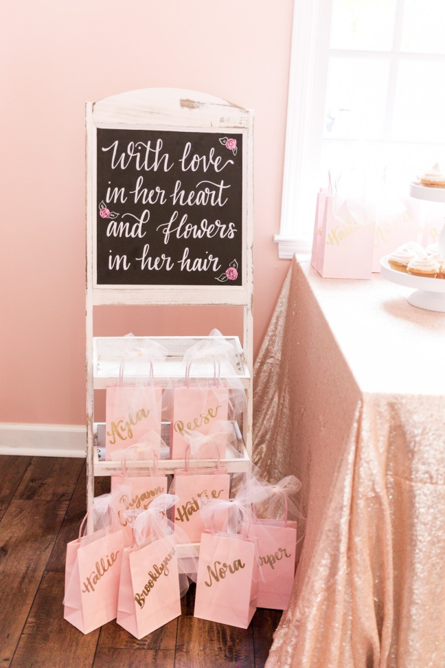 flower-theme-boho-first-birthday-party-inspiration-14